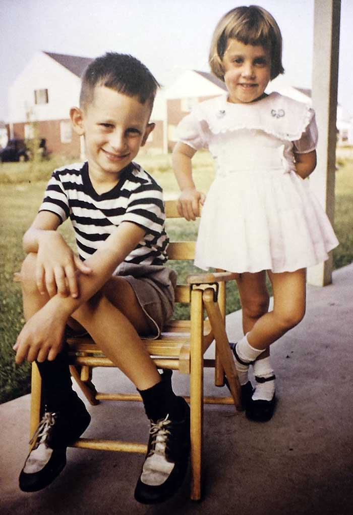 A-young-Steven-Spielberg-with-his-sister-Anne-Spielberg